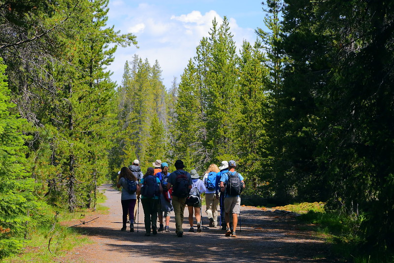 IMG_7040 Hikers on Lone Star Geyser Trail