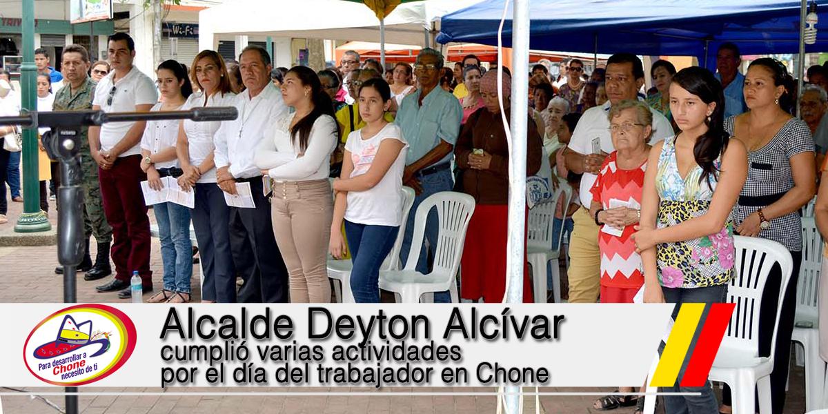Alcalde Deyton Alcívar cumplió varias actividades por el día del trabajador en Chone