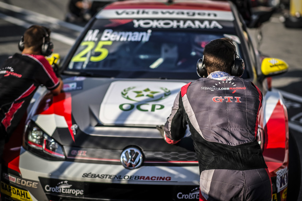 mecaniciens mechanics during the 2018 FIA WTCR World Touring Car cup race of Slovakia at Slovakia Ring, from july 13 to 15 - Photo François Flamand / DPPI.