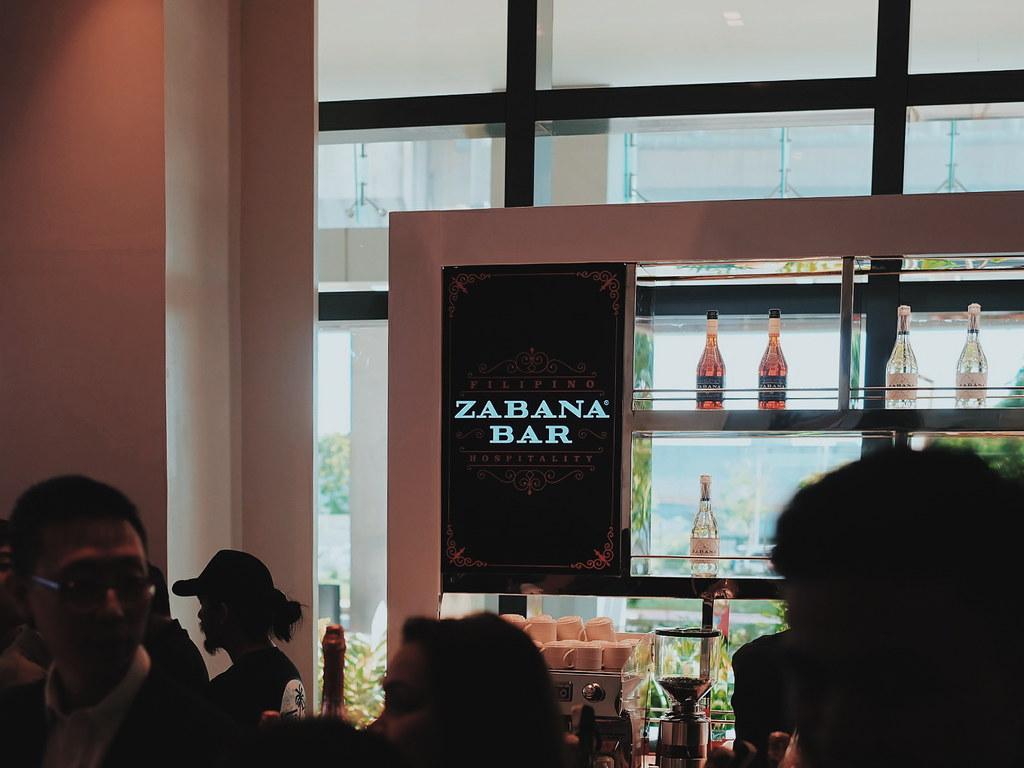Savoy Hotel Manila Zabana Bar
