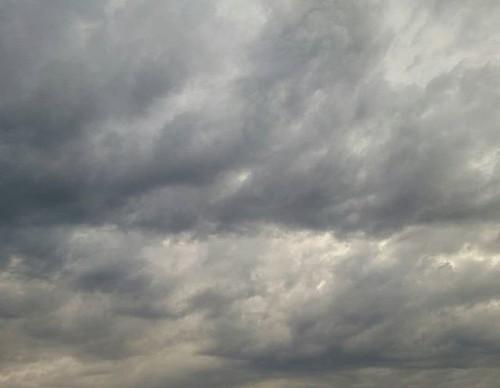 Nubes de verano. #nofilter #sinfiltros #phonephoto #clouds
