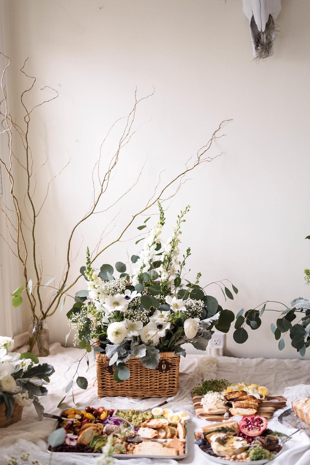 Indoor Picnic Ideas on http://juliettelaura.blogspot.com/