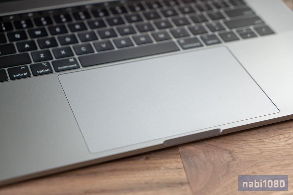 15インチ MacBook Pro 201815