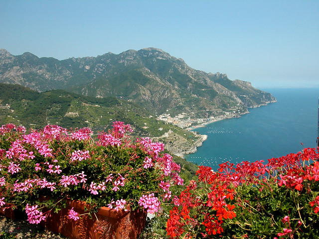 Ravello la villa rufolo flickr photo sharing for Jardin villa rufolo