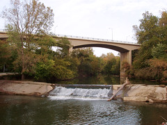Weir Dam and the Richmond Avenue Bridge