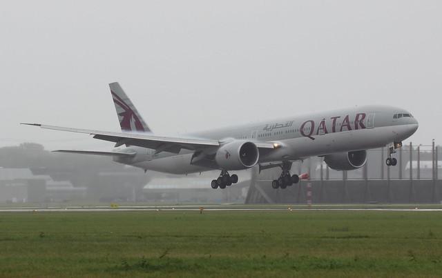 Qatar Airways Boeing 777-300