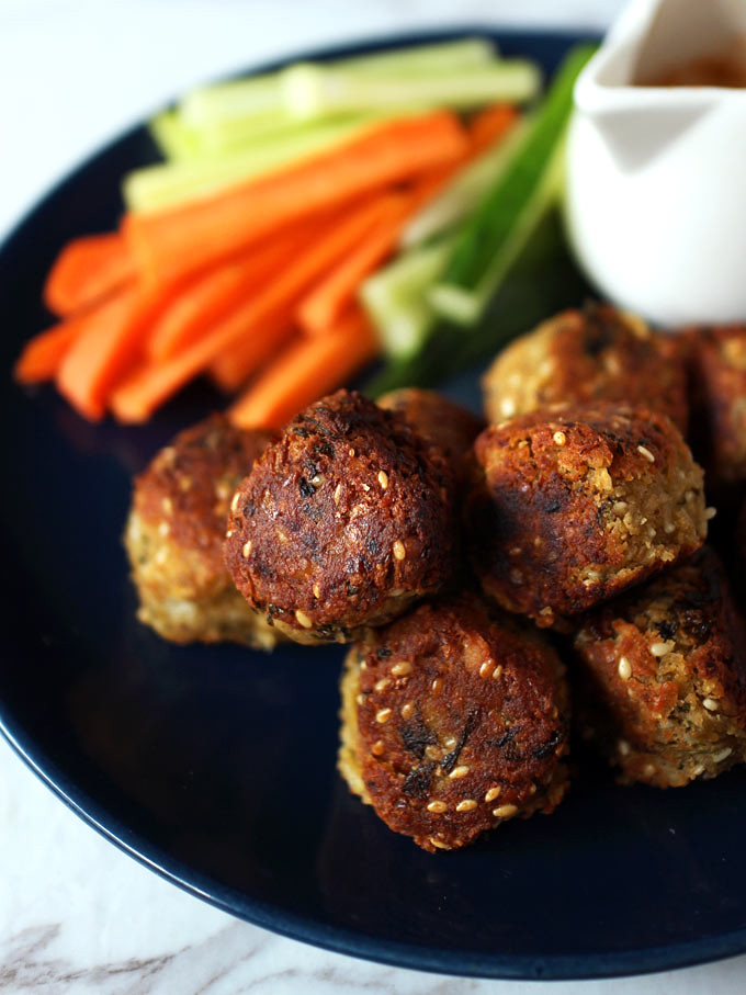 香煎純素鷹嘴豆球 vegan-pan-fried-falafel (2)