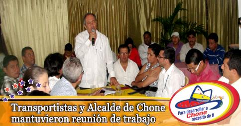 Transportistas y Alcalde de Chone mantuvieron reunión de trabajo