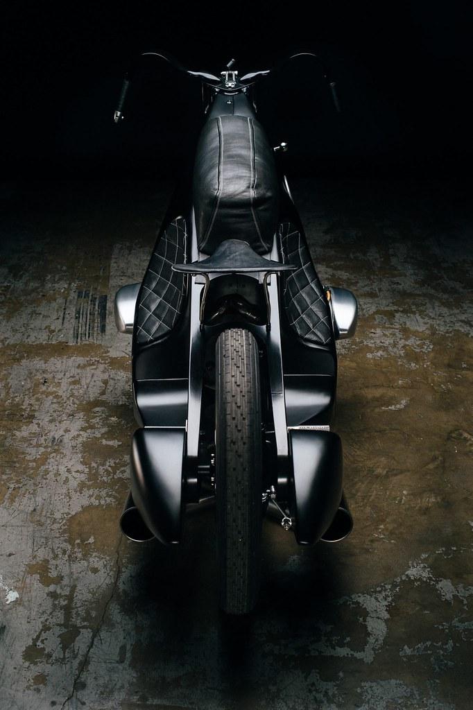 Custom-BMW-Motorcycle-23