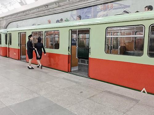 平壤地鐵「D」型列車由德國製造