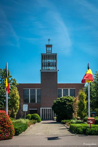Achel-Statie, Heilige Kruisvindingskerk.
