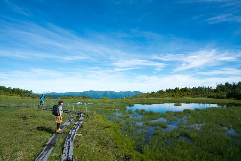 田代山の湿原と空