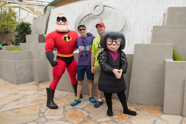 Meeting Mr Incredible and Edna Mode