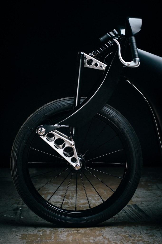 Custom-BMW-Motorcycle-19