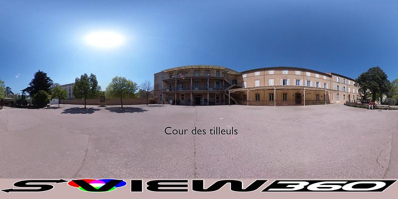 02 - Cour des tilleuls