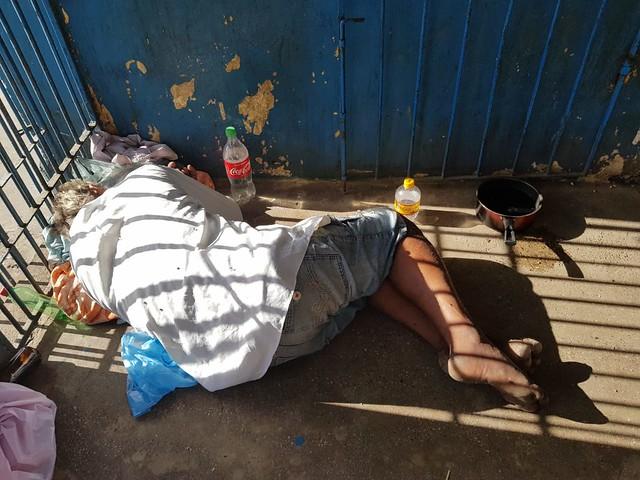 Precariedade, bêbados e baratas no Mercado Walter Peixoto, em Crato