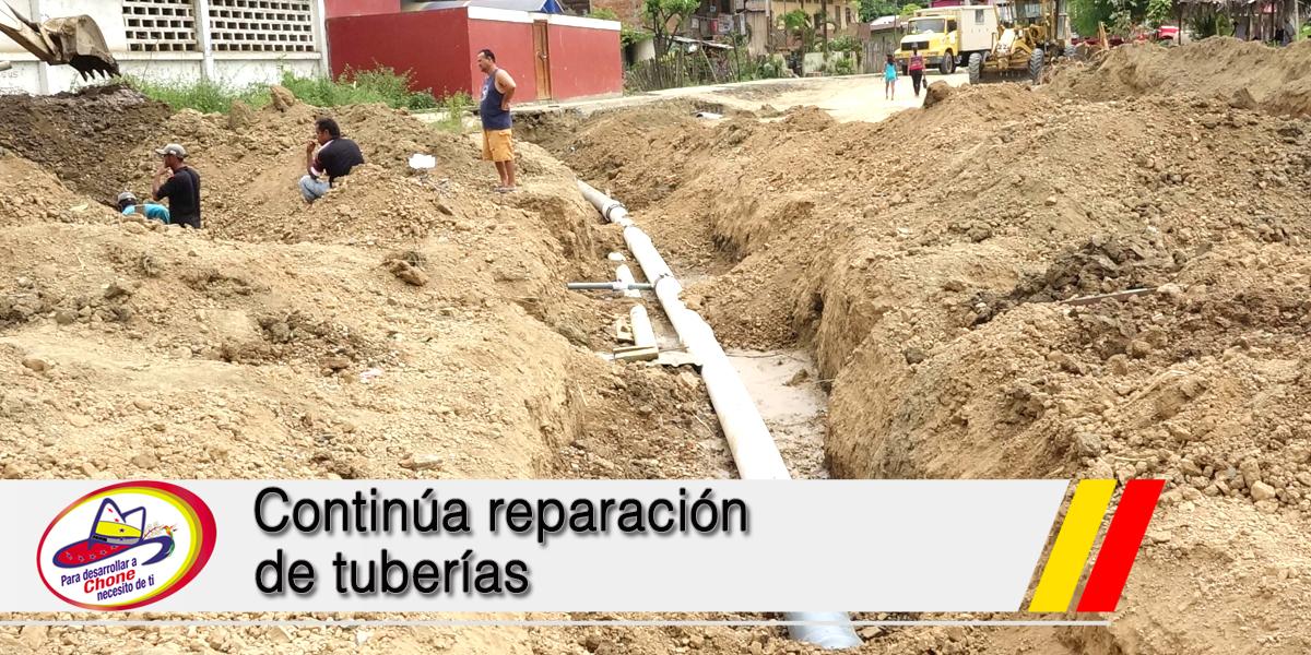 Continúa reparación de tuberías