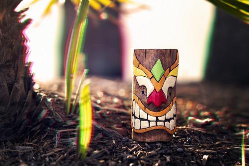tiki tikicarving woodcarving polynesian hawaiian handcarved handmade flexcut palmtree tropical glitch glitchart rbgglitch lensflare oommowmow magichour goldenhour sunrise
