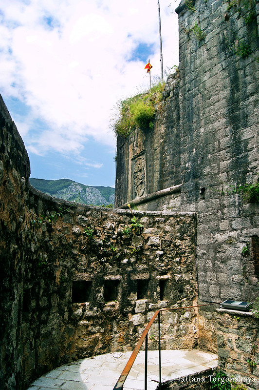 Верхний уровень ворот Гурдич