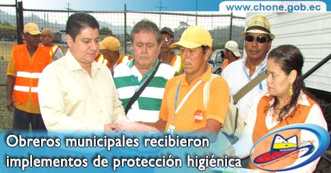 Obreros municipales recibieron implementos de protección higiénica