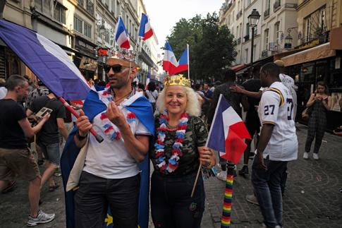 18g15 Francia campeona del mundo fútbol_0237 variante Uti 485