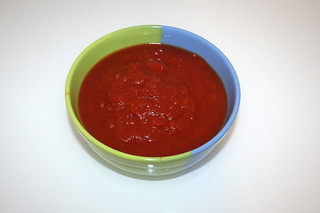 11 - Zutat stückige Tomaten / Ingredient tomatoes