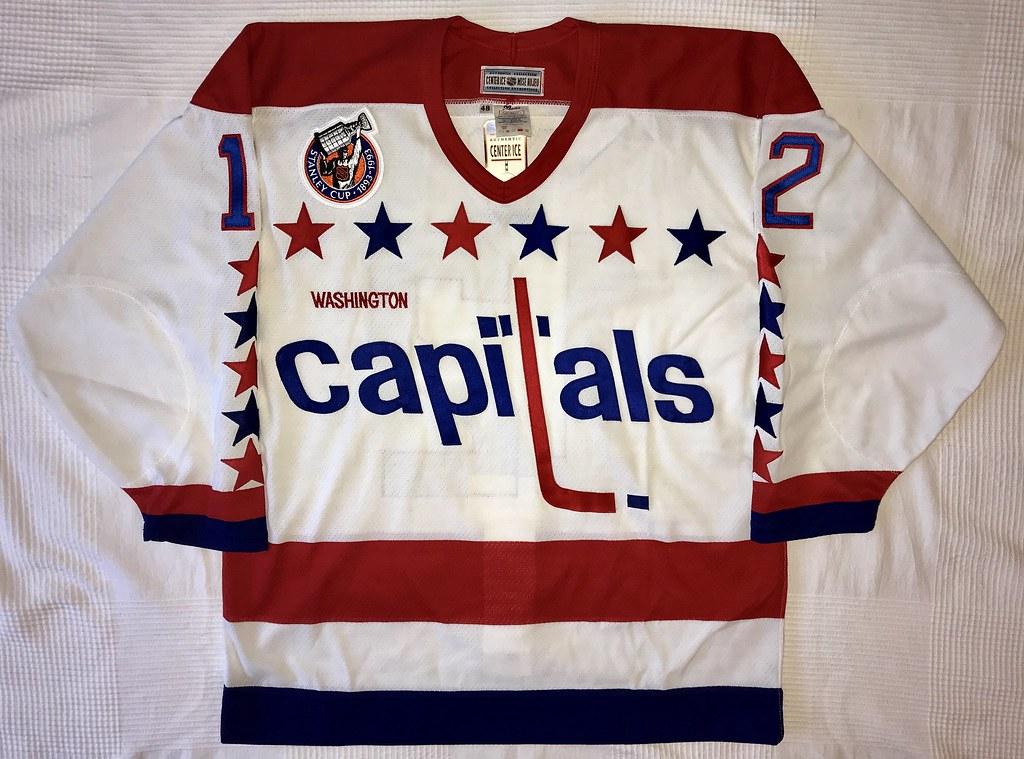 1992-93 Peter Bondra Washington Capitals Home Jersey Front