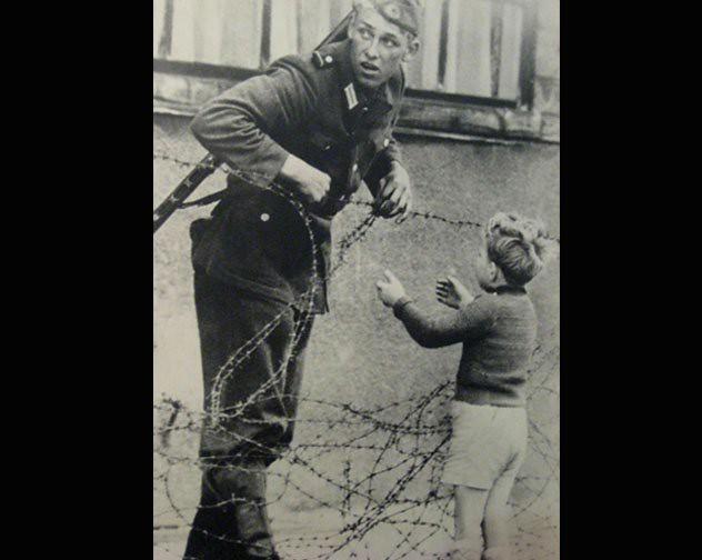 Langa Zidul Berlinului