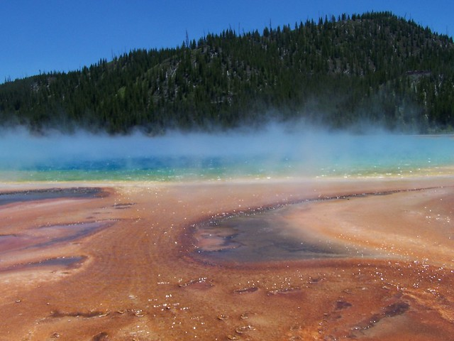 Yellowstone Prismatic Spring, WY