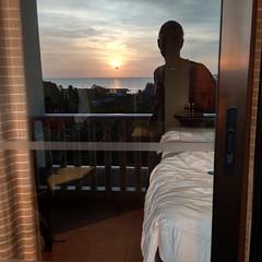 At Sunset, I Reflect
