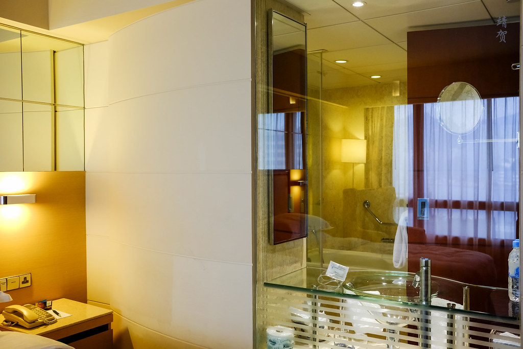 Glass partition to the bathroom