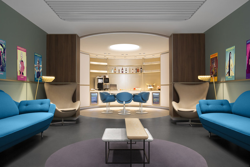 Air France Business Lounge Hall L Terminal 2E