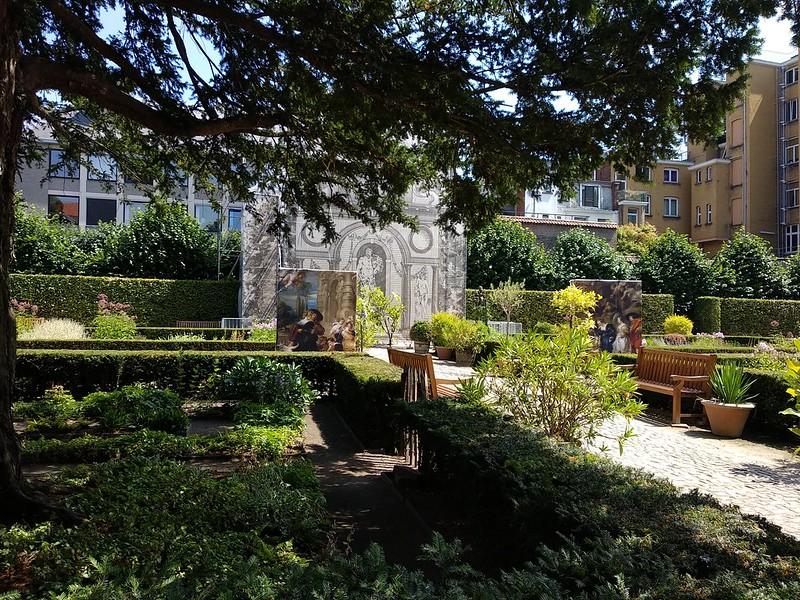 Jardin casa de Rubens  - 42684612225 665c695bf3 c - Rubens vuelve a casa