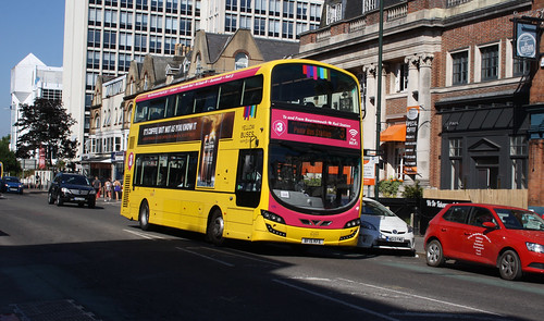 Yellow Buses 195 BF15KFE