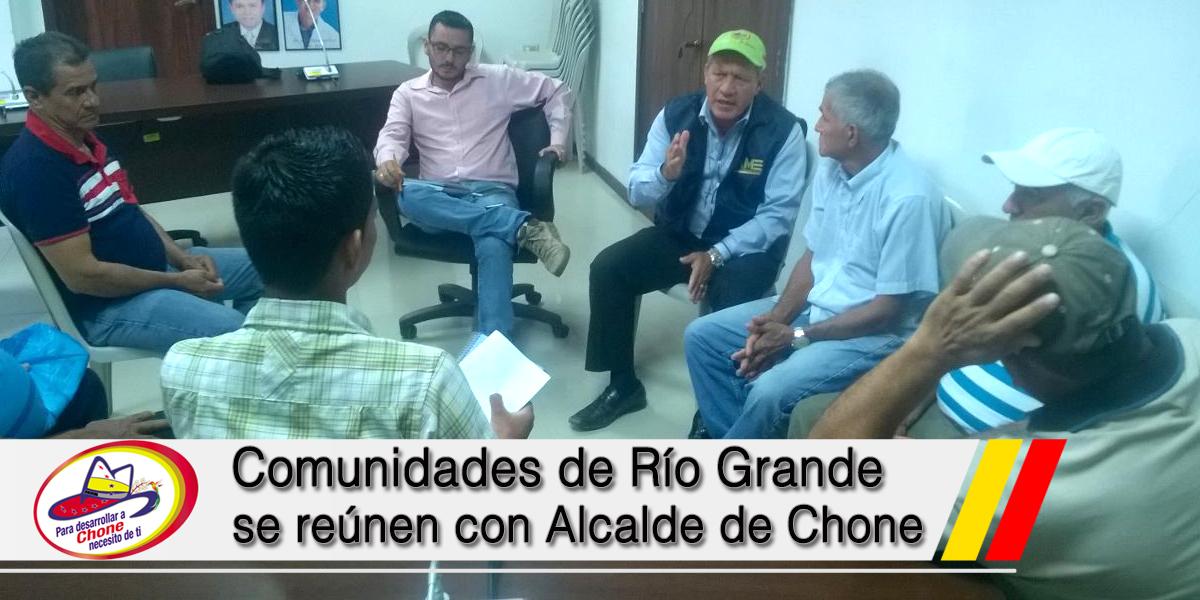 Comunidades de Río Grande se reúnen con Alcalde de Chone