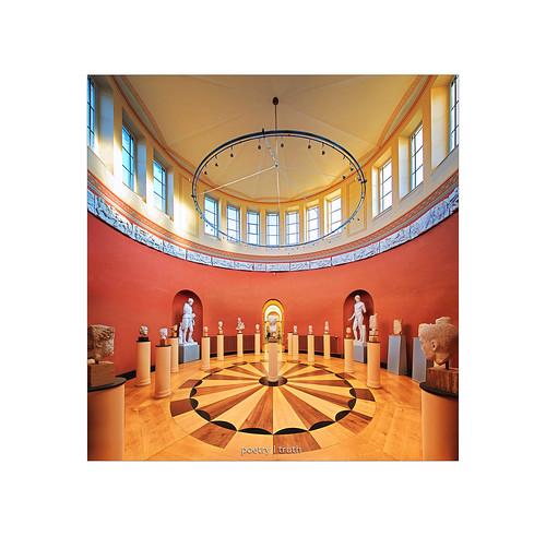Akademisches Kunstmuseum . . .