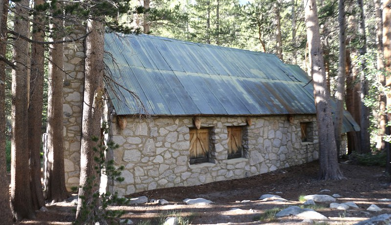 Wilderness Ranger Station building on the North Fork Big Pine Creek Trail - we took a break here