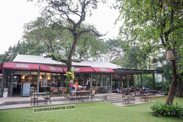 lot 9 cafe and restaurant bintaro taman - kadungcampur