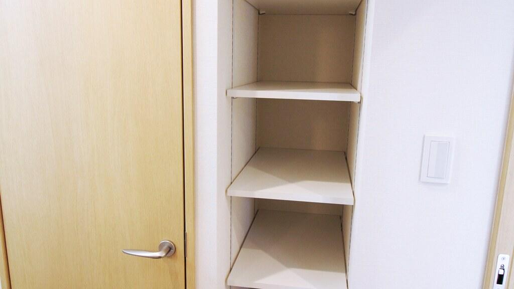 洗面脱衣所の収納棚