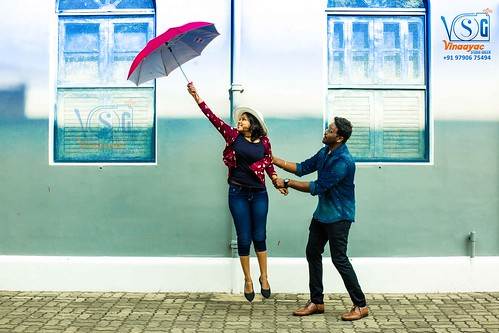 outdoor photoshoot in Pondicherry