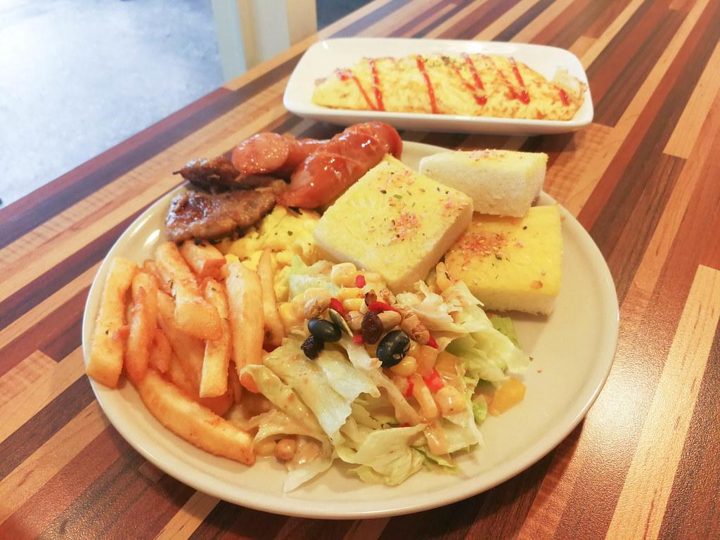 厚厚呷早餐屋 (17)