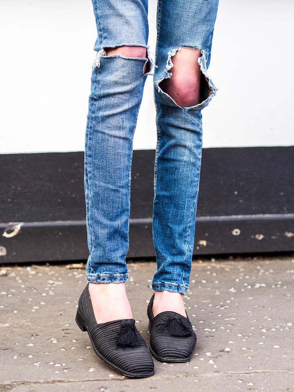 stuart-weitzman-tassel-shoes-vintage