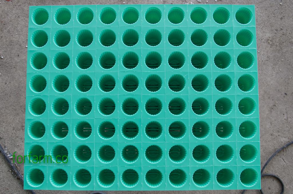 ถ้วยปลูกสีเขียว สำหรับใช้ปลูกผักไฮโดรโปนิกส์ ร่วมกับเพอร์ไลท์และเวอร์มิคูไลท์