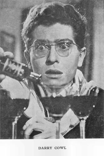 Darry Cowl in L'ami de la Famille (1957)
