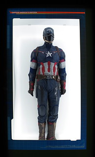 AVENGERS (SOME ASSEMBLY REQUIRED) - AVENGERS STATION MELBOURNE - CAPTAIN AMERICA - AGE OF ULTRON UNIFORM