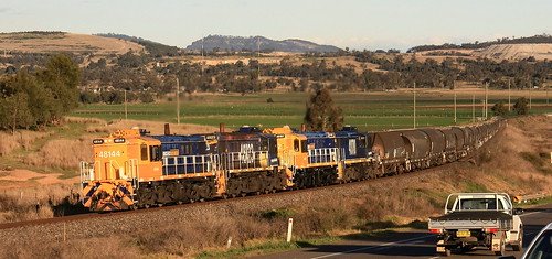 ALCos 48144 + 48123 + 48162 & 48110 PN EMPTY GRAIN KOOLBURY (BETWEEN MUSWELLBROOK AND ABERDEEN) 5th Aug 2010.