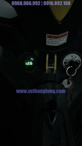 Đồng hồ đo volt bình gắn lên xe Yamaha Exciter