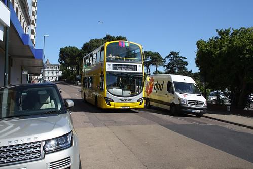 Yellow Buses 125 BX12CVO