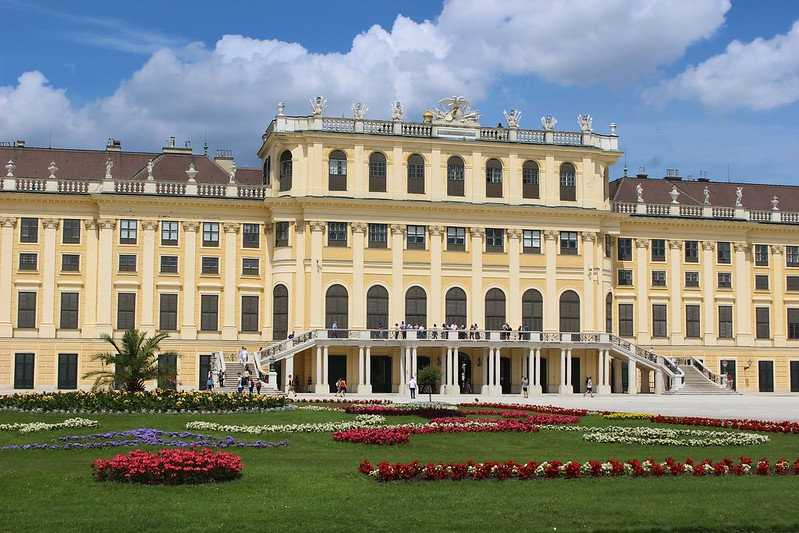 Schonbrunn from backside