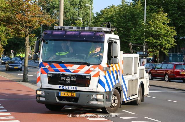 Dutch police MAN tow truck
